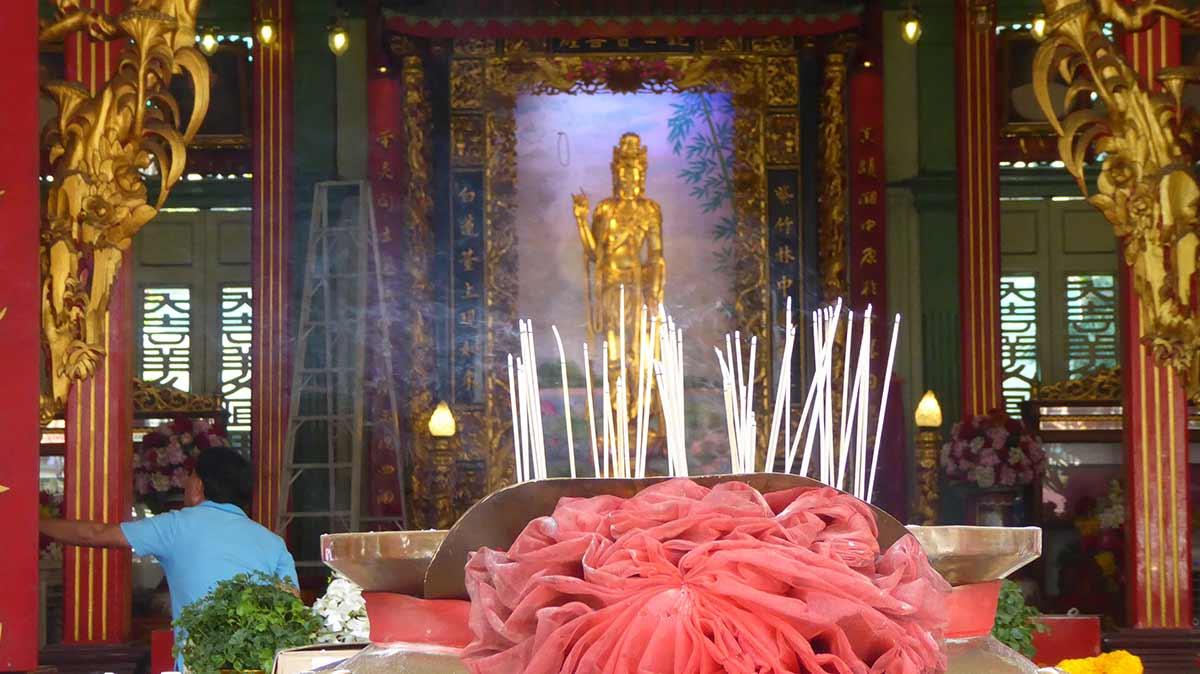 Guan Yin Shrine in Chinatown Bangkok