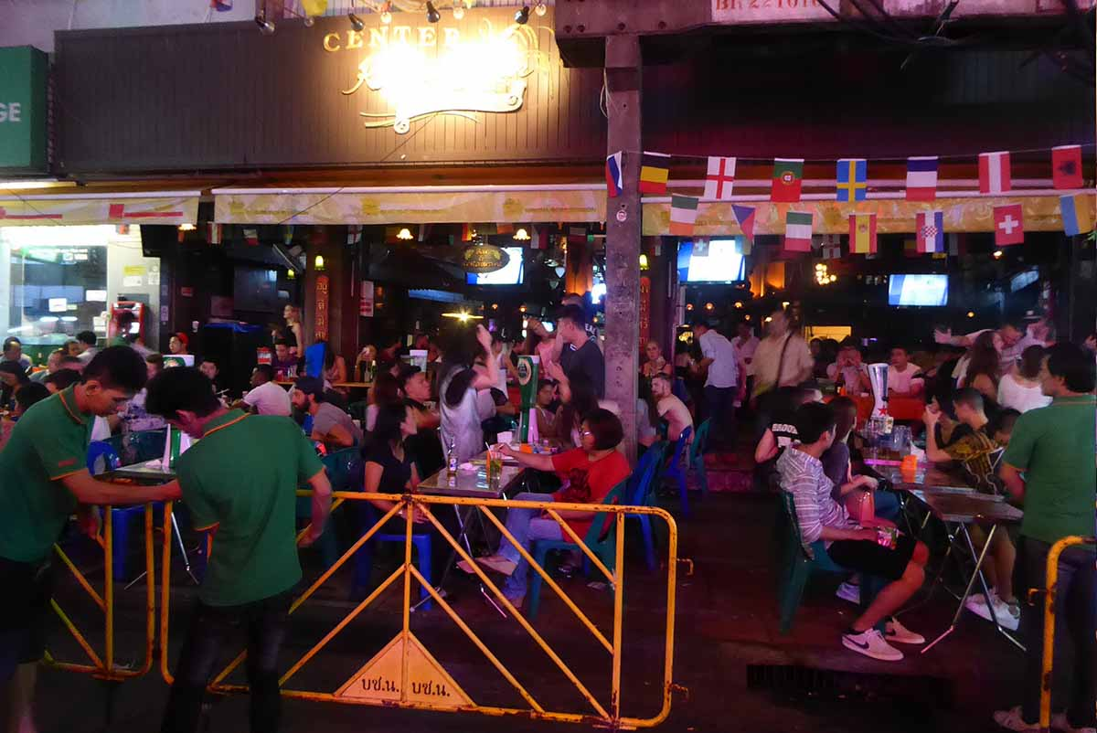 Center Point Bar at Khaosan Road in Bangkok