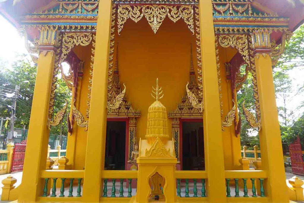 Taling Chan Market Bangkok