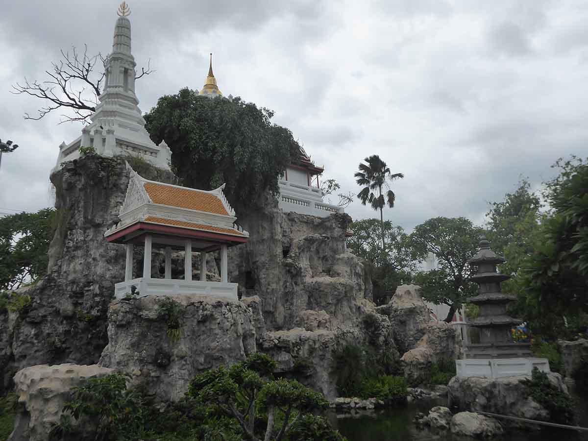 Wat Prayoon Temple in Bangkok