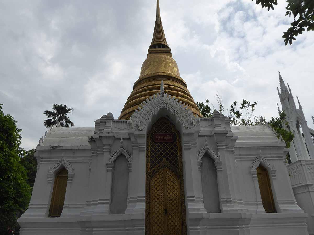 Wat Ratchabophit Temple Bangkok