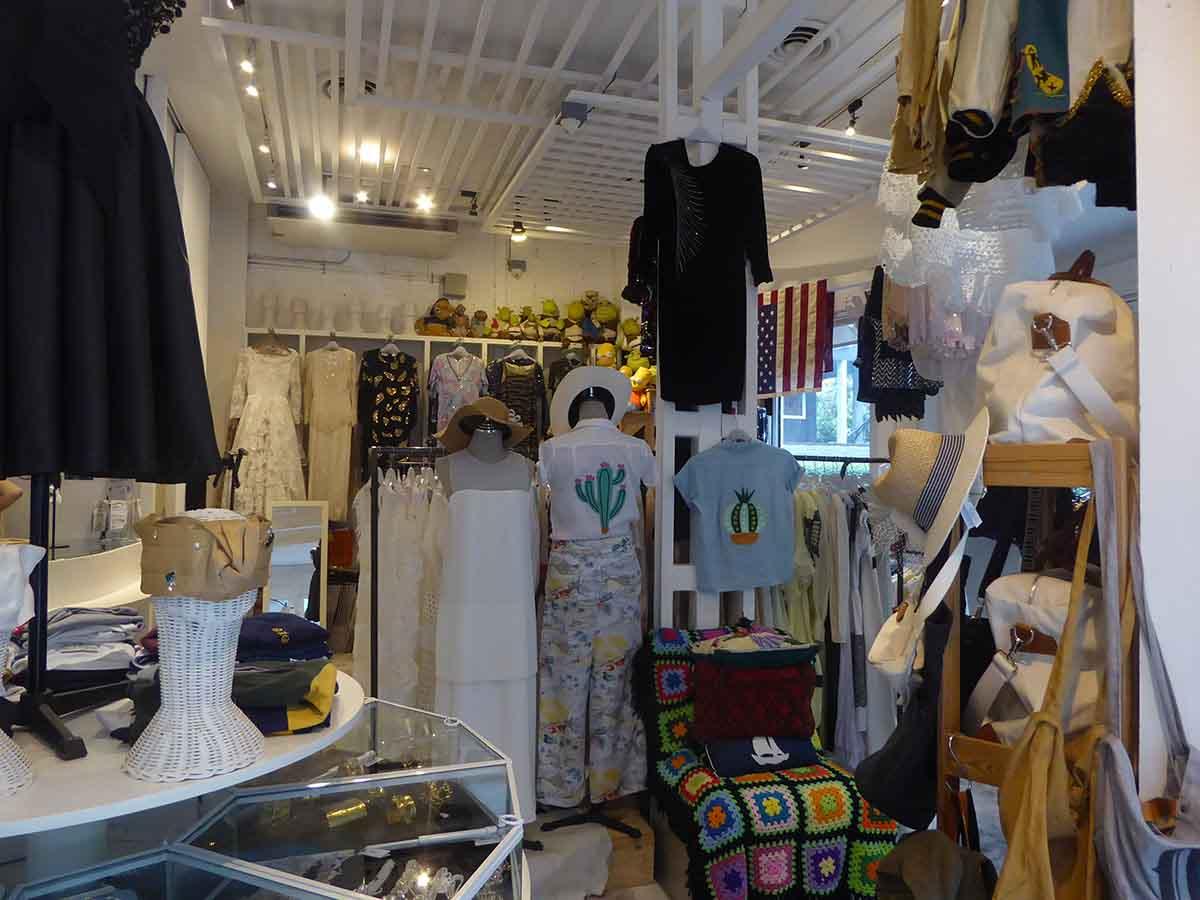 Vintage Clothing & Accessories in Bangkok Again & Again