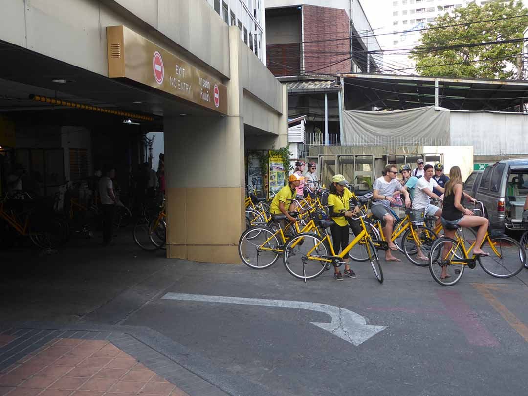 Entertainment Activities for tourists in Bangkok