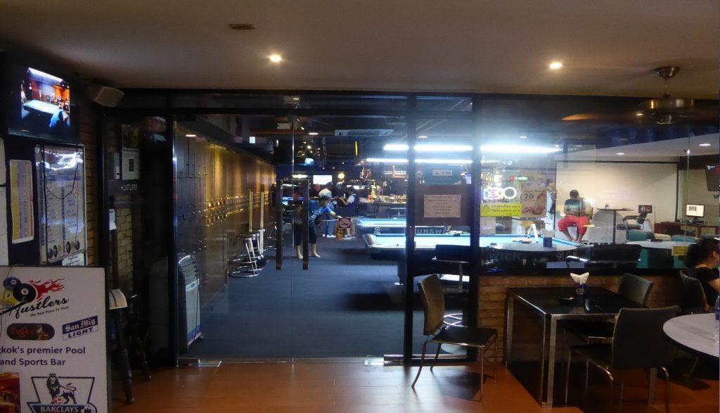 Hustlers Pool Bar in Bangkok