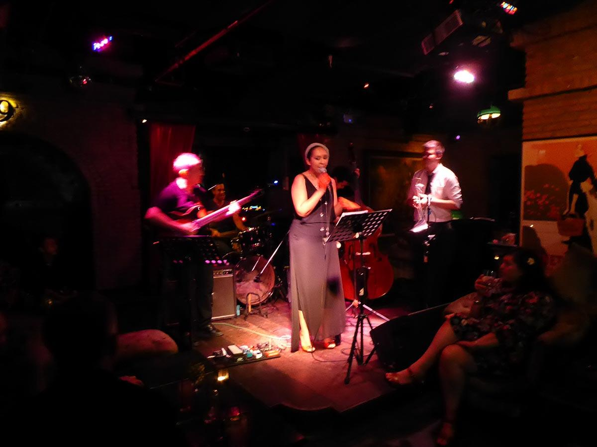Live Jazz at Maggie Choo's in Bangkok