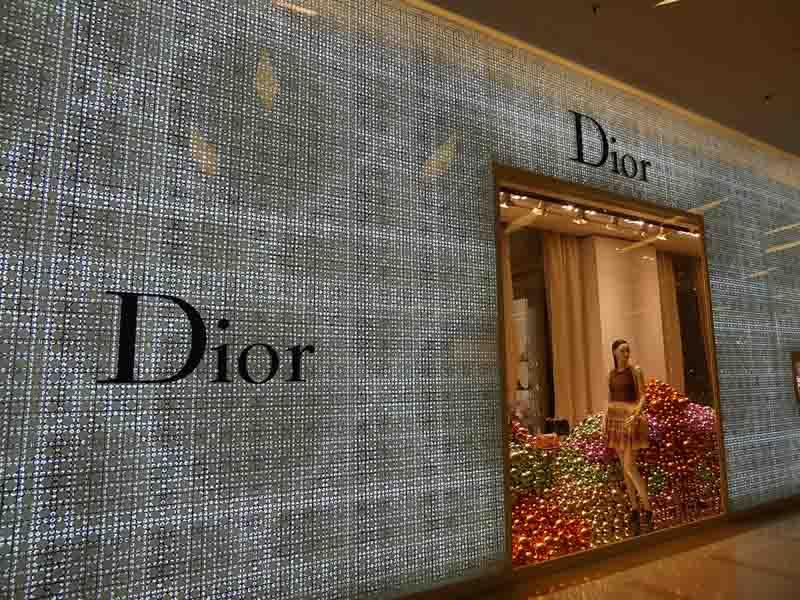 Shopping for Luxury Brands in Bangkok