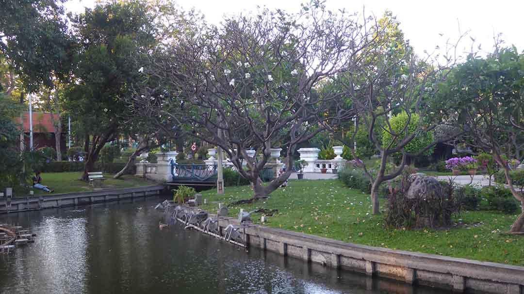 Parks in Bangkok Saranrom Park