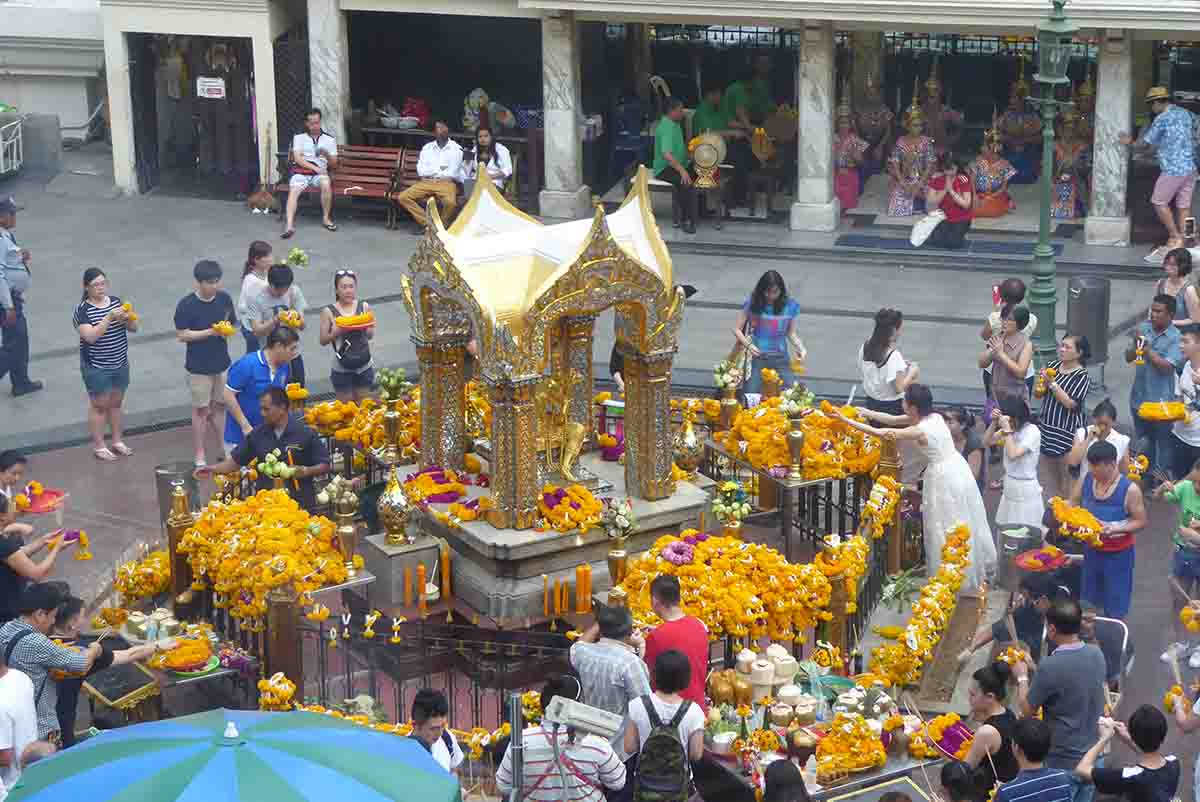 The Erawan Shrine in Bangkok Tourist Attractions in Bangkok