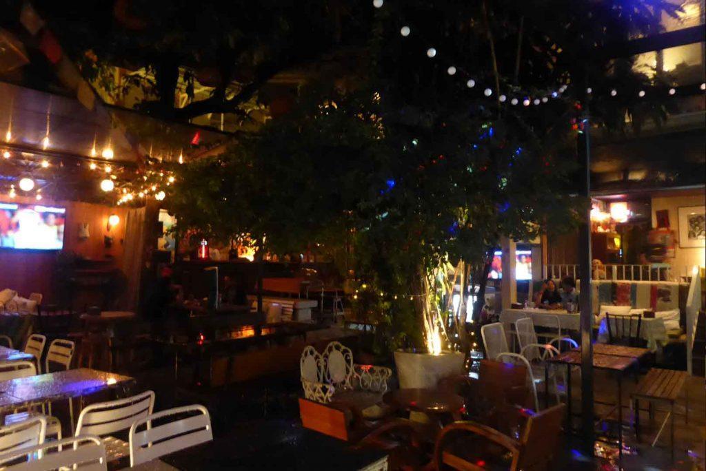 Hippie De Bar, Bars in Khaosan Road Bangkok