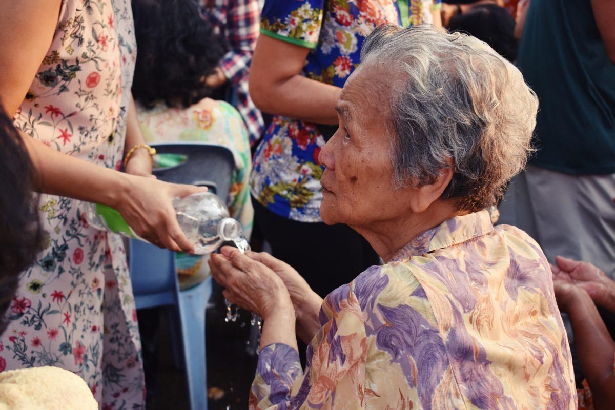 paying respect to elders at songkran