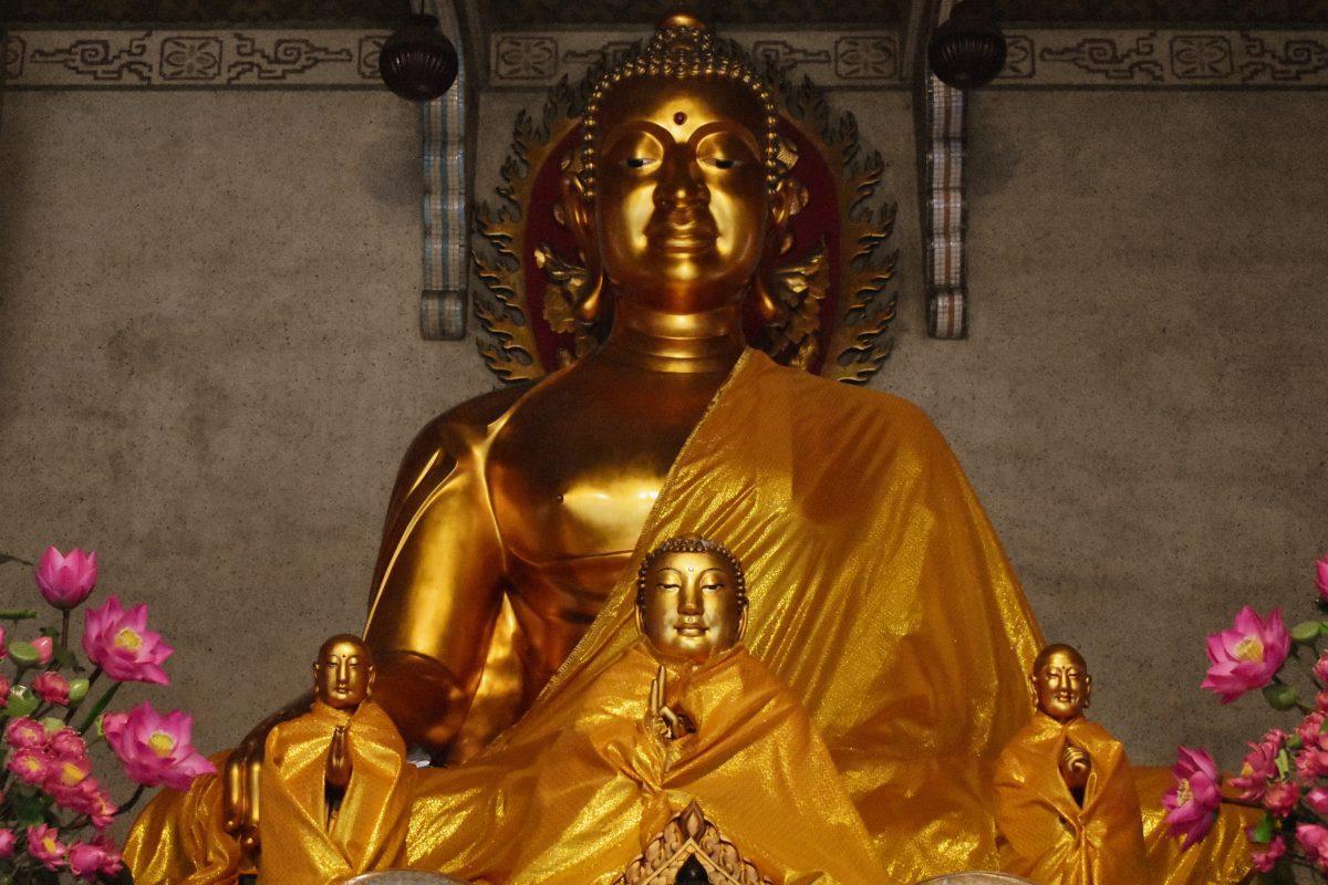 Wat Poe Nam Khunaram in Bangkok