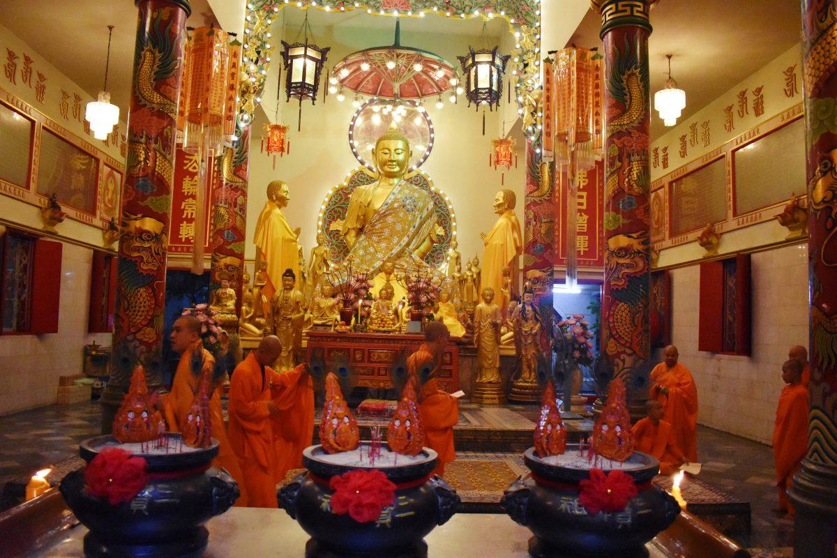 Cua Khanh Van Bangkok