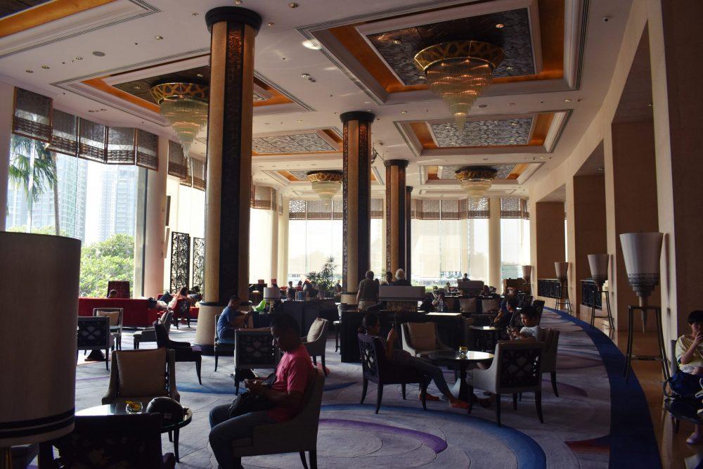 Shangri-la Bangkok Lobby Lounge